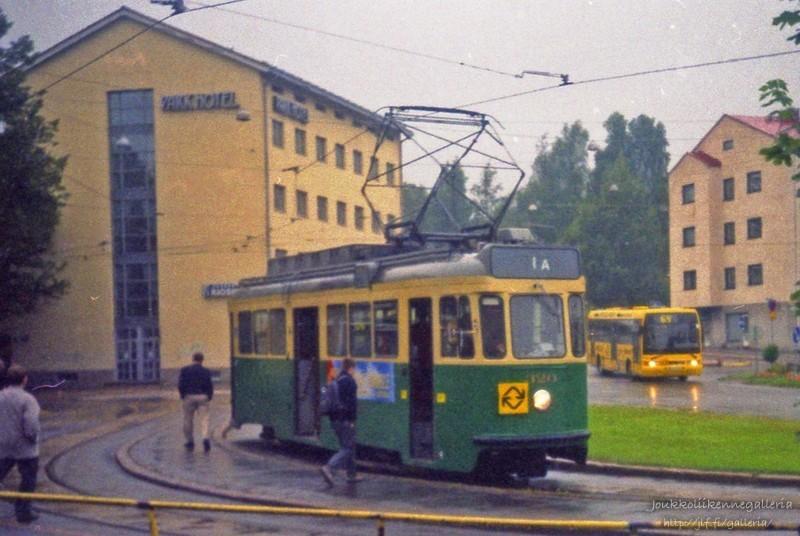 HKL 320