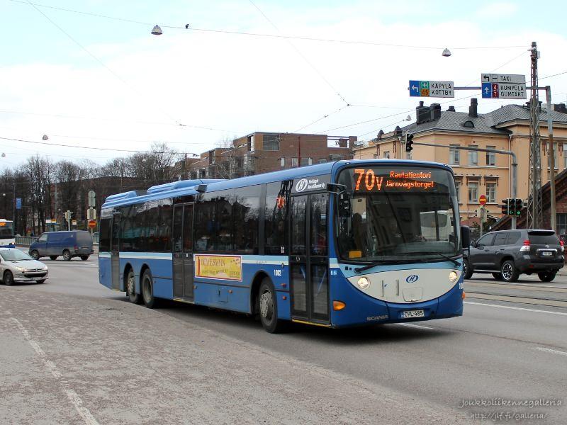 Helsingin Bussiliikenne 1002