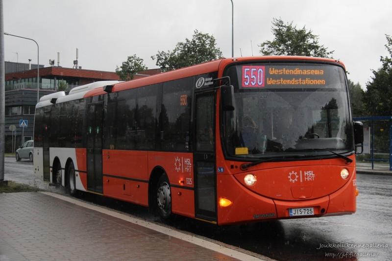 Helsingin Bussiliikenne 1325
