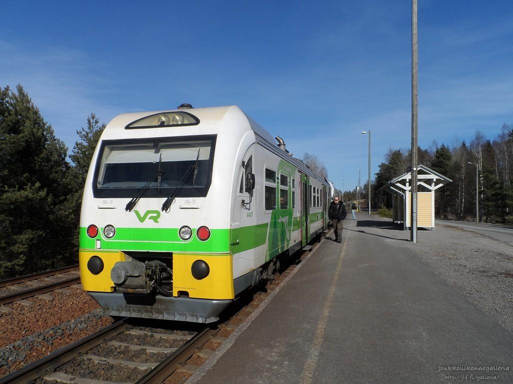 Dm12 4407