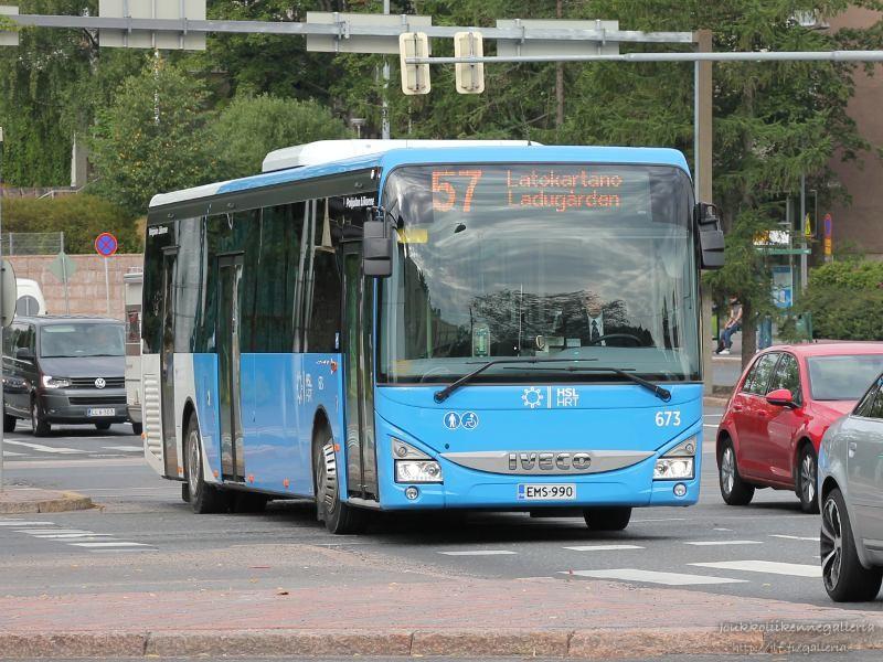 Pohjolan Liikenne 673