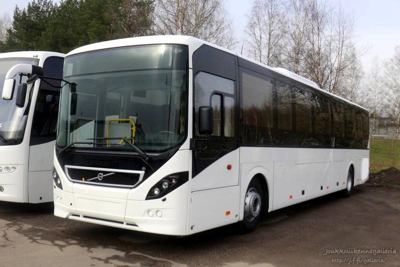 Uusi Volvo 8900