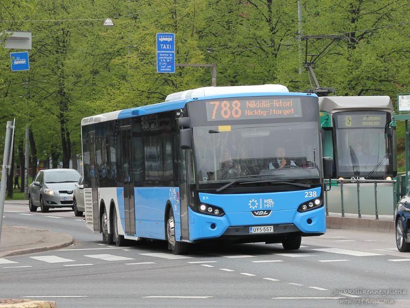 Pohjolan Liikenne 238