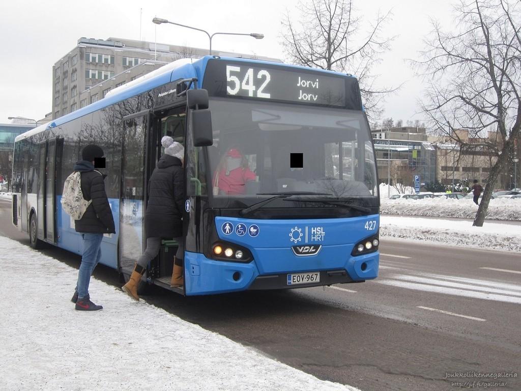 Pohjolan Liikenne 427