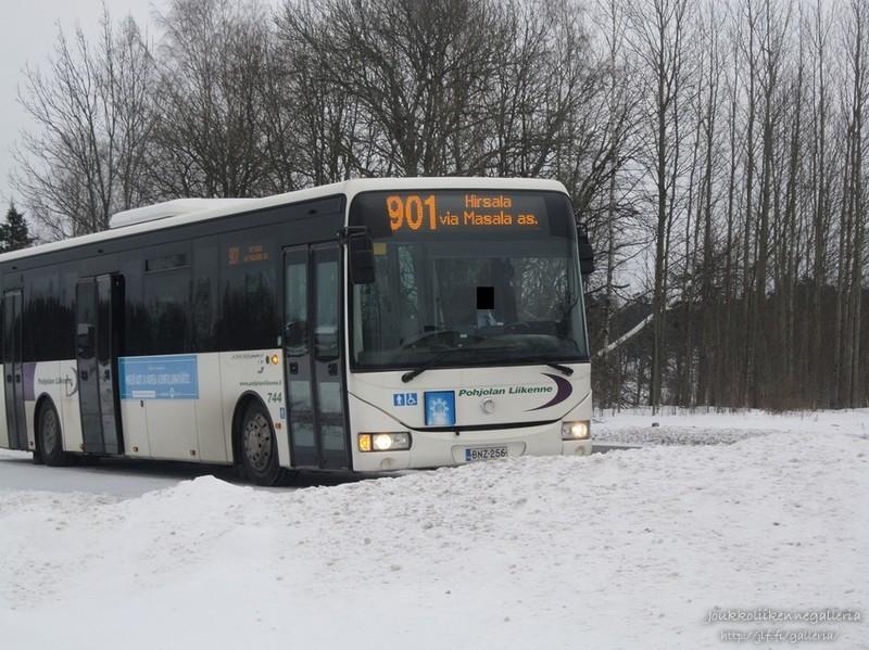 Pohjolan Liikenne 744