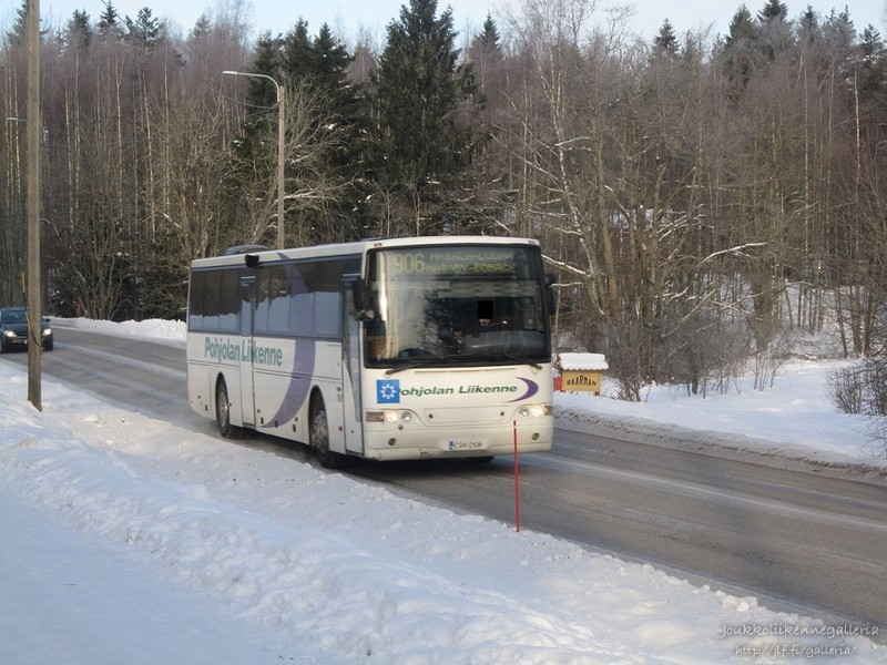Pohjolan Liikenne 158