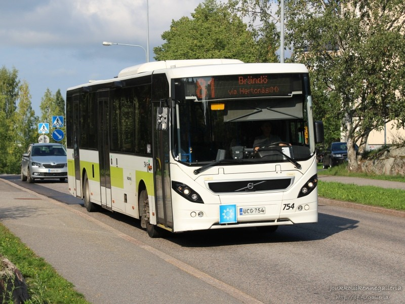 Nobina Finland 754